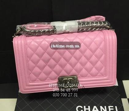 Где купить сумку в стиле Chanel? Обзор сумочек